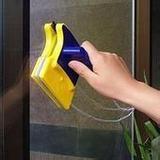 南京保洁专业擦玻璃